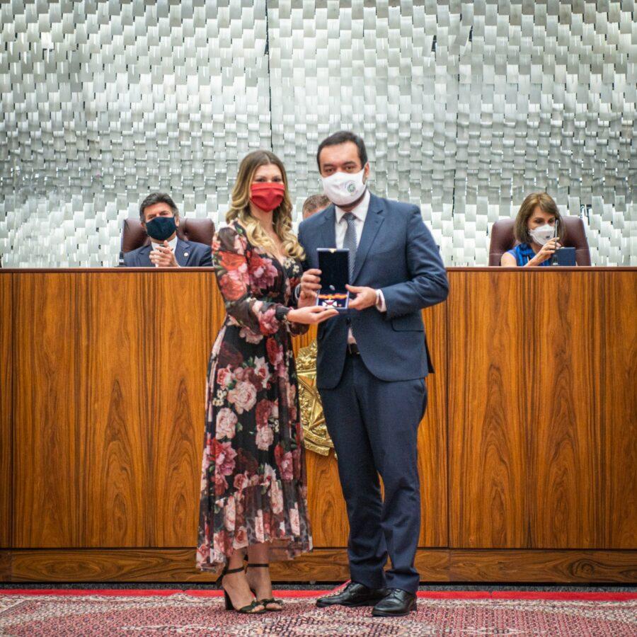 Cláudio Castro recebe prêmios no Superior Tribunal de Justiça