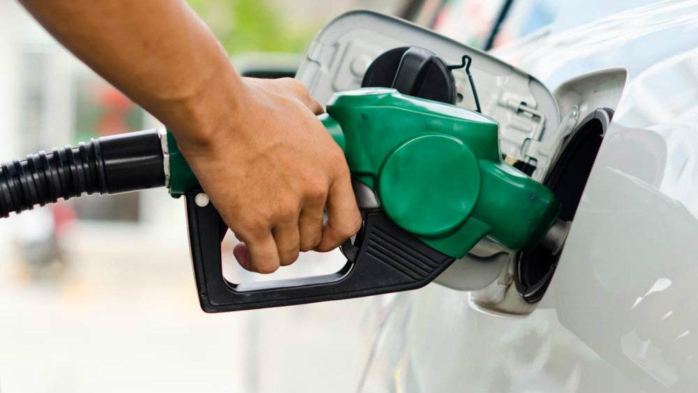 Petrobras reduz preços de gasolina e diesel a partir desta terça (27)
