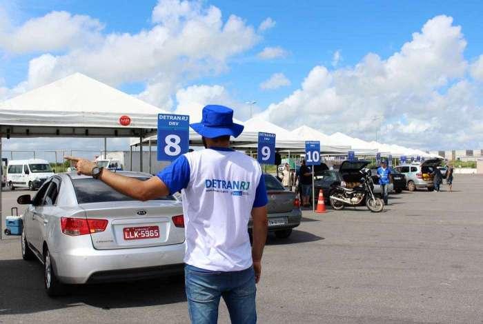 Multas e IPVA atrasados não vão impedir licenciamento de veículo
