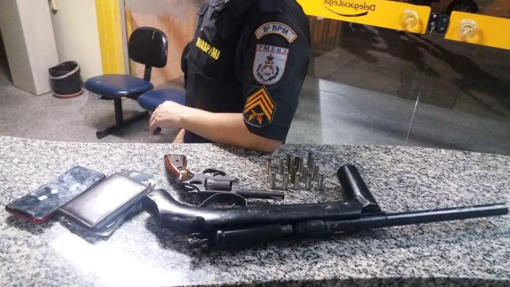 PM detém homem após ex-mulher relatar ameaça com arma em São Fidélis