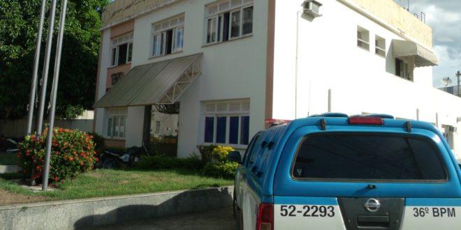 Idosos são roubados após invasão de casa em Itaocara