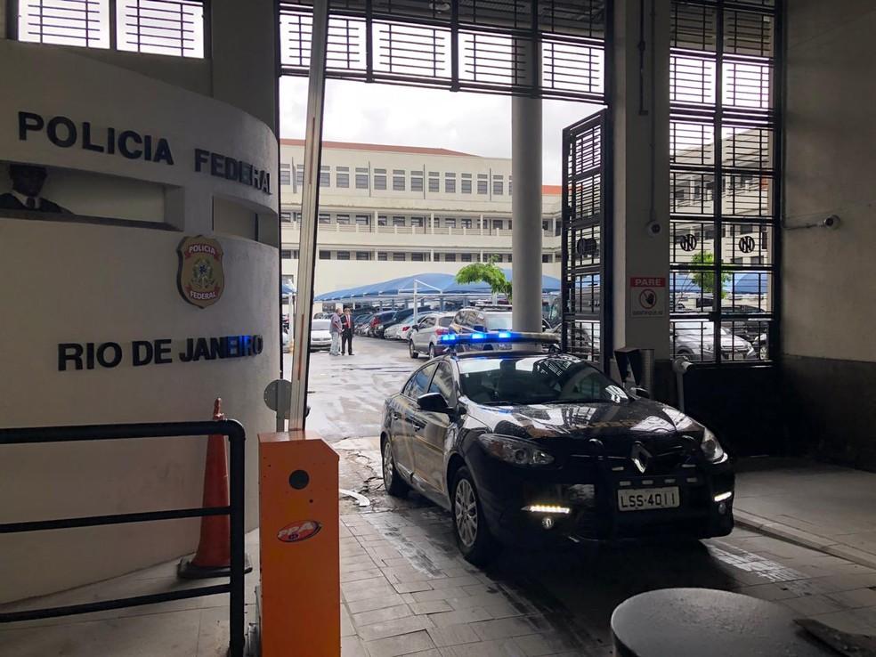 MPF denuncia seis pessoas por desvio de R$ 875 mil em contratos no DER-RJ
