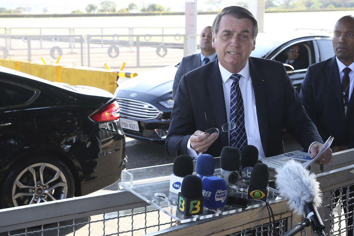 Bolsonaro está com sintomas de Covid-19, diz CNN