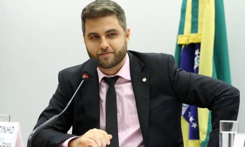 Tribuna NF: Wladimir Garotinho fala sobre pré-candidatura
