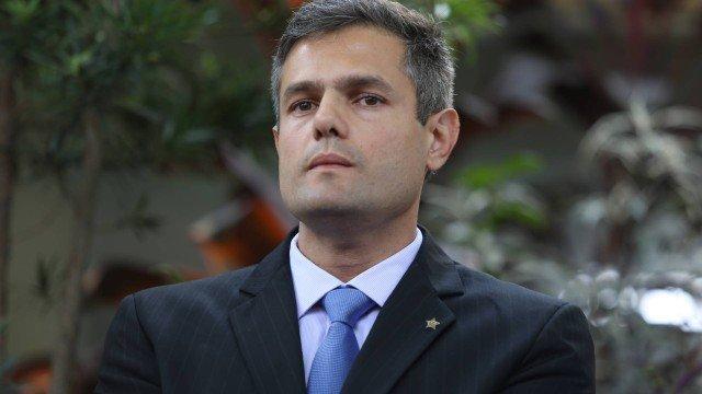 Novo secretário de Polícia Civil do Rio muda titulares de 68 unidades