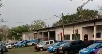 Vídeo: Bandidos sequestram helicóptero e obrigam piloto a ir até o Complexo de Bangu