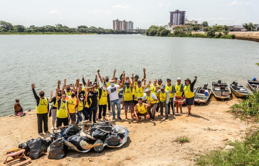 Projeto Juventude em Ação realiza mutirão de limpeza no Rio Paraíba