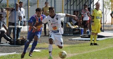 Na estréia do técnico Toninho Cobra, Clube Atlético Taquaritinga (CAT) goleia fora de casa