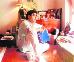 Jagjit Singh at his studio in Mumbai