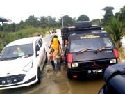 Banjir di Bonai Darussalam, Rohul, genangi 1400 rumah warga, serta merendam jalan lintas Bonai Darussala,- Duri
