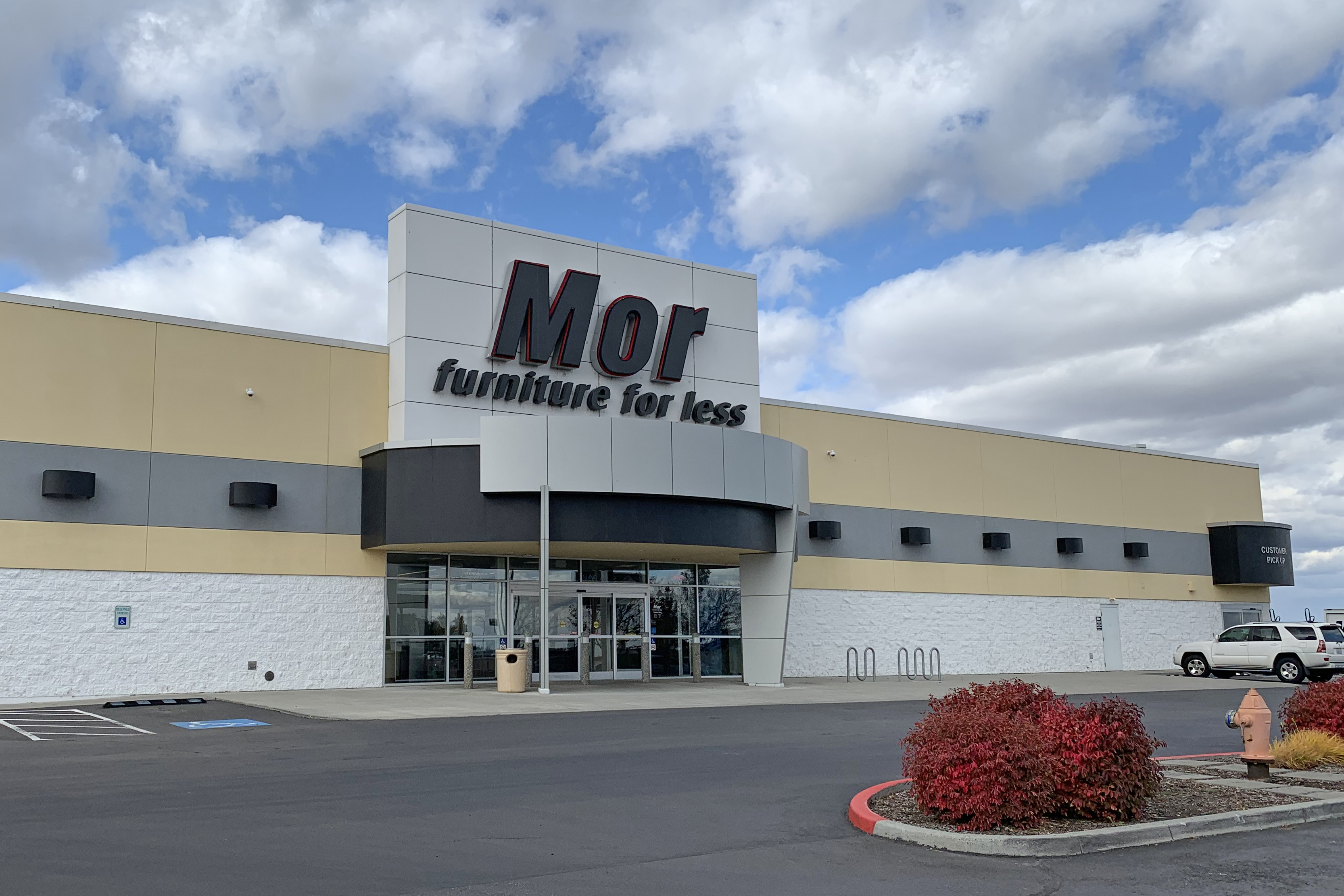 Chinese Company Acquires Mor Furniture For Less