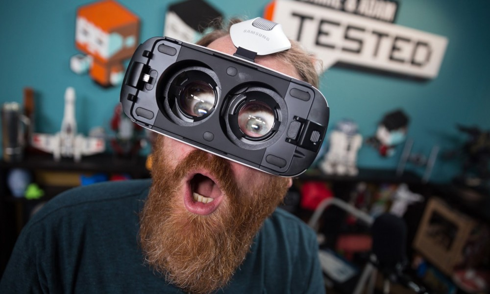 Virtual Reality Use in Entertainment