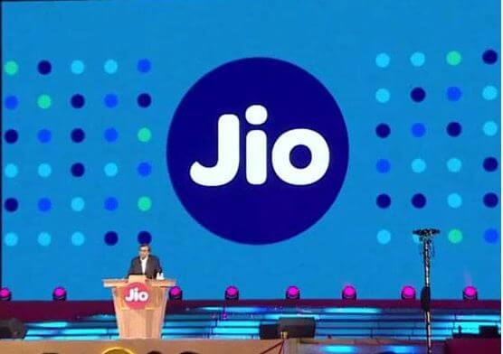 Track Reliance Jio 4GB Data Limit