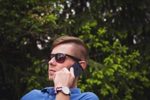 Make Free Calls Reliance Jio Jio4GVoice App iPhone