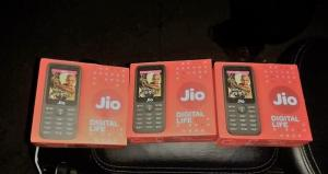 Got Your JioPhone? If Not Here is When You Will Get it