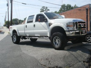 Lift Kit or Leveling Kit