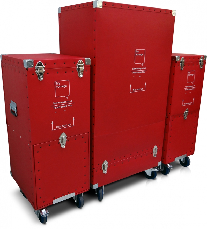 Poly Cases with Castors for Say Fromage