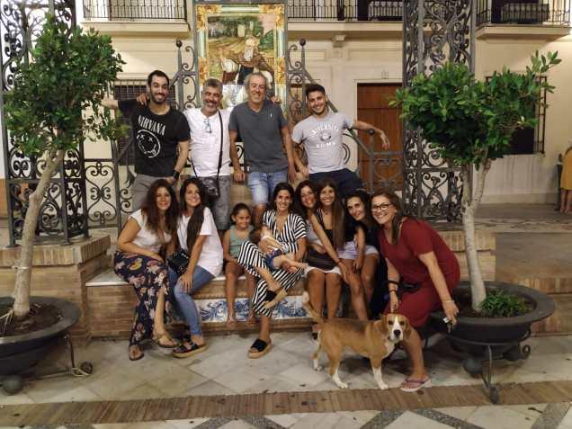 Emilio con su familia en Trigueros