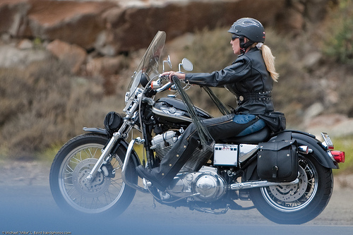 picture showing the best motorcycle helmet for women