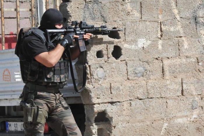 ΕΚΤΑΚΤΟ- Akşener: Ο Ερντογάν μοιράζει όπλα σε πολίτες! - Εικόνα1