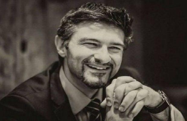 Αυτή την Ελλάδα θα την δείξει κανένα ΜΜΕ – Ο Έλληνας γιατρός Γιώργος Βρακάς κατέκτησε το Παγκόσμιο Βραβείο Μεταμοσχεύσεων