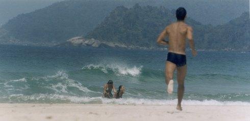 Banho na Praia de Santo Antônio