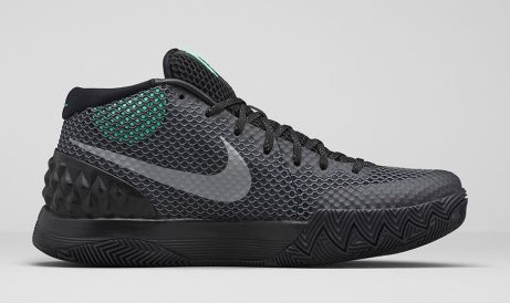 In-Hand Review Kyrie 1 'Green Glow' (Video) 4