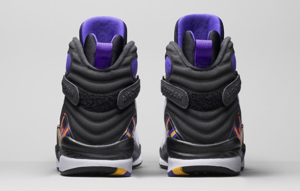 In-Hand Review: Jordan 8 '3-Peat' (Video) 4