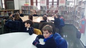 Biblioteca Gabriel y Galán. Alumnos de 1º E.Primaria