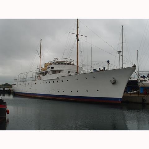 MV Shemara Table 1950s