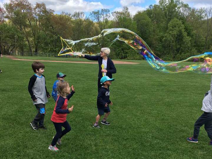 picnic bubbles
