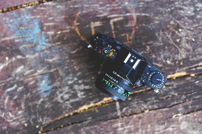 Manual Camera and Old Photgraphy
