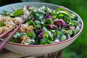 A scrumptious purple cauliflower salad dressed with creamy avocado & ginger sauce...