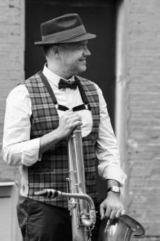 Fred Couderc et son saxophone basse