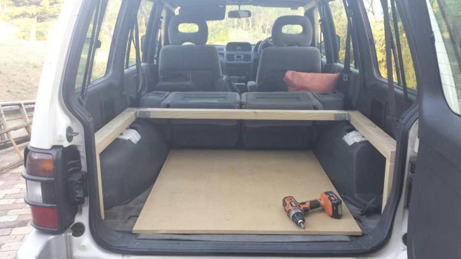 equipement du 4x4 tripatatons. Black Bedroom Furniture Sets. Home Design Ideas