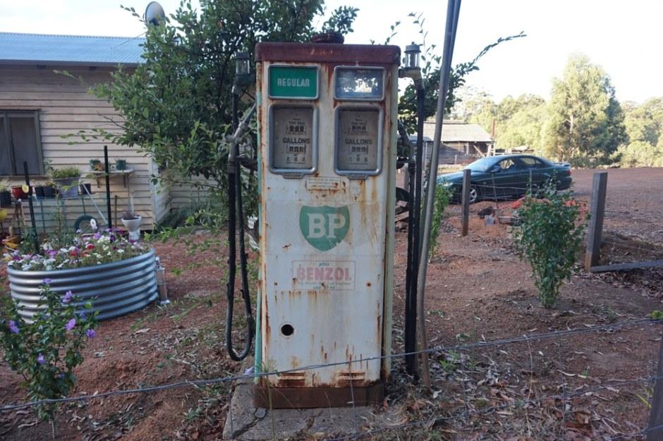 donnelly-river-vieille-pompe-essence