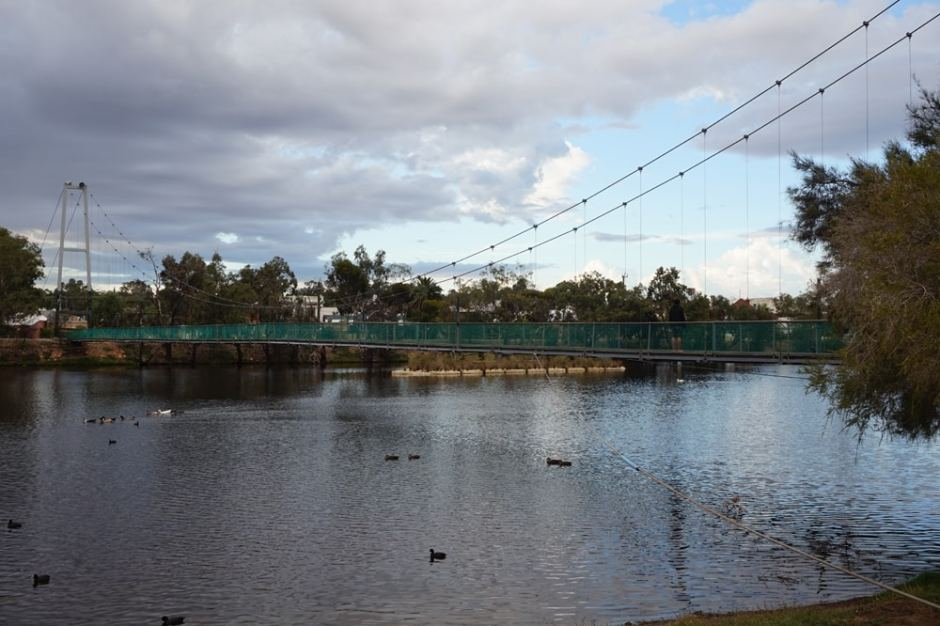 northam-suspension-bridge