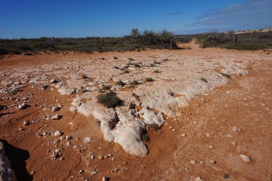 La route est parfois truffée de pierres
