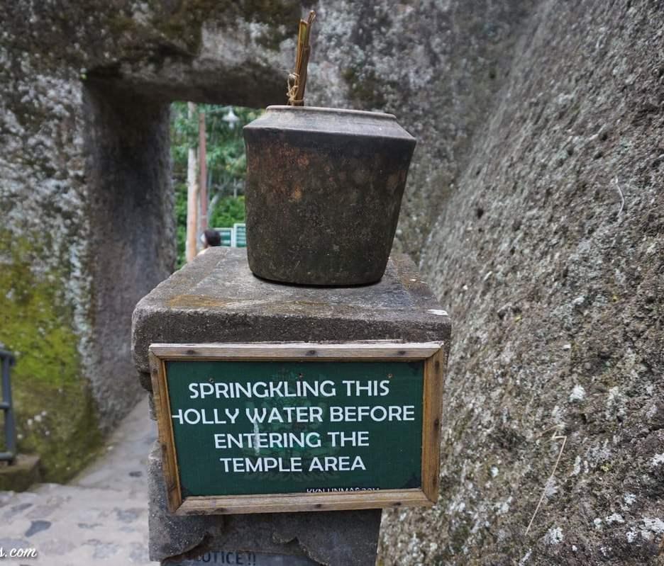 gunun-kawi-tampaksiring-temple-1