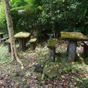 paronella-picnic-tables-1
