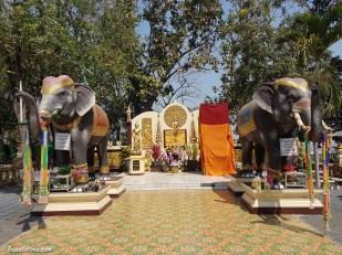 wat-phra-that-doi-kham-temple-5