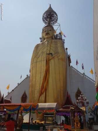 buddha-debout