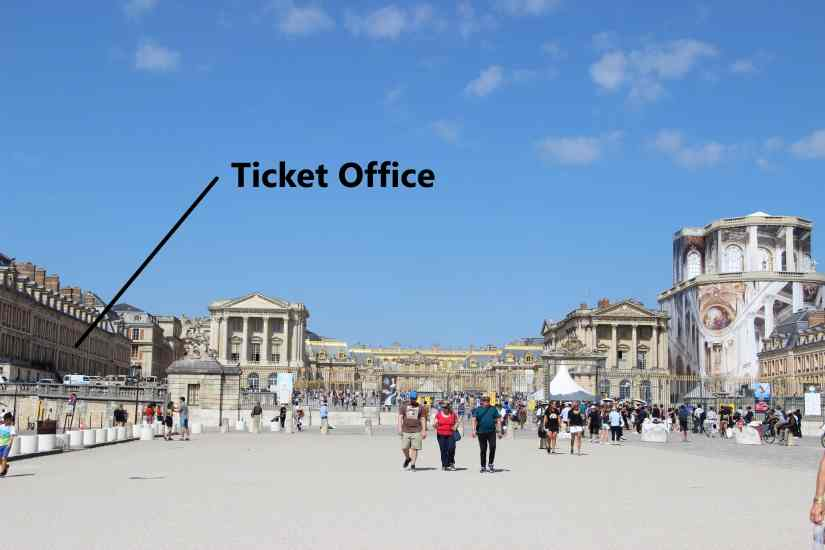 How-to-skip-the-line-at-the-Palace-of-Versailles-ticket-office