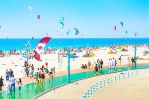 kite beach Dubai by Tripjhon