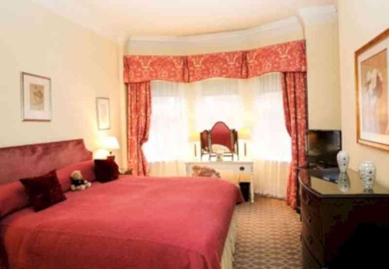 The Draycott Hotel 10