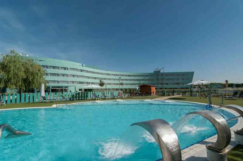 Barcelona Airport Hotel 7