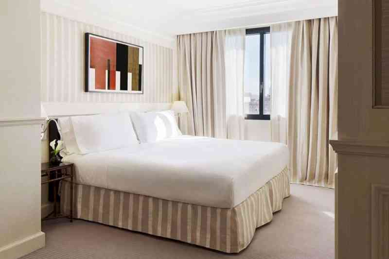 Majestic Hotel & Spa 11