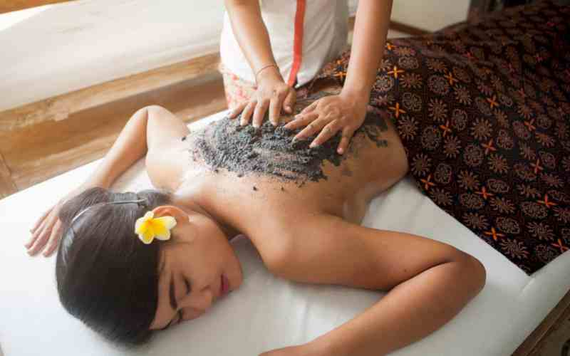 The Royal Purnama Art Suites And Villas 7