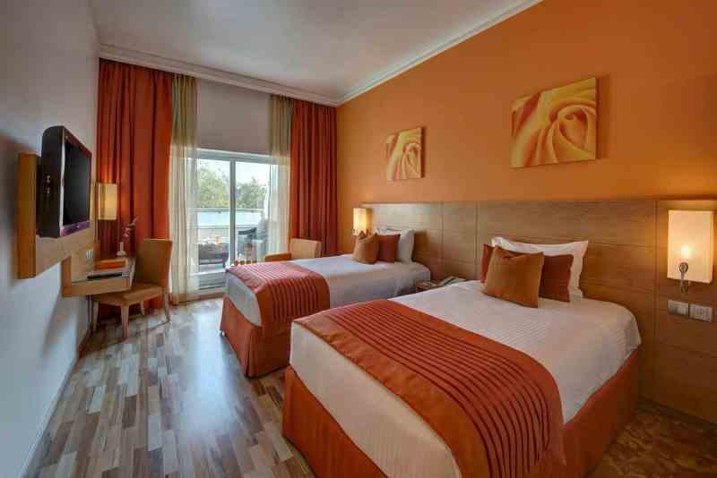 Al Khoory Executive Hotel 14