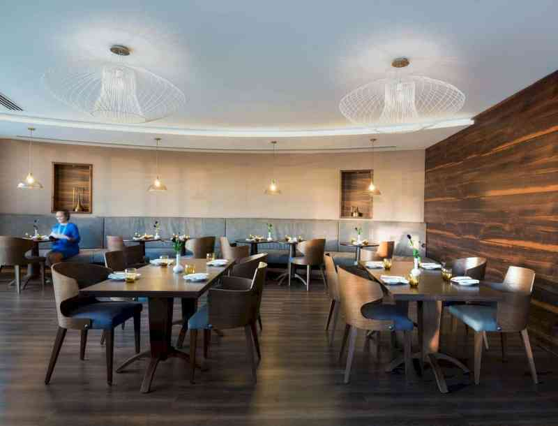 Radisson Blu Hotel Dubai Waterfront 2